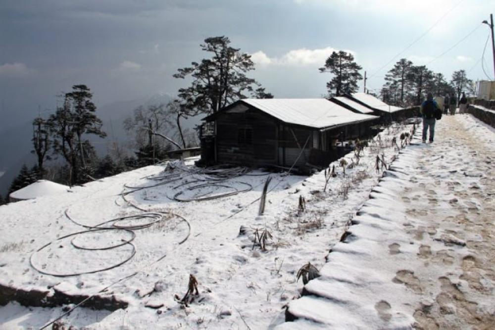 ताप्लेजुङमा भारी हिमपात