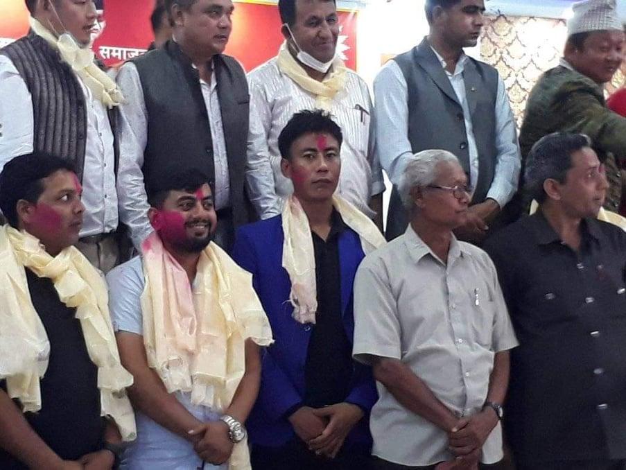 नेकपा एमाले 'माधव नेपाल समूह' ले गर्यो युवा सङ्घ सुनसरी जिल्ला कमिटी बिस्तारः अध्यक्षमा भट्टराई