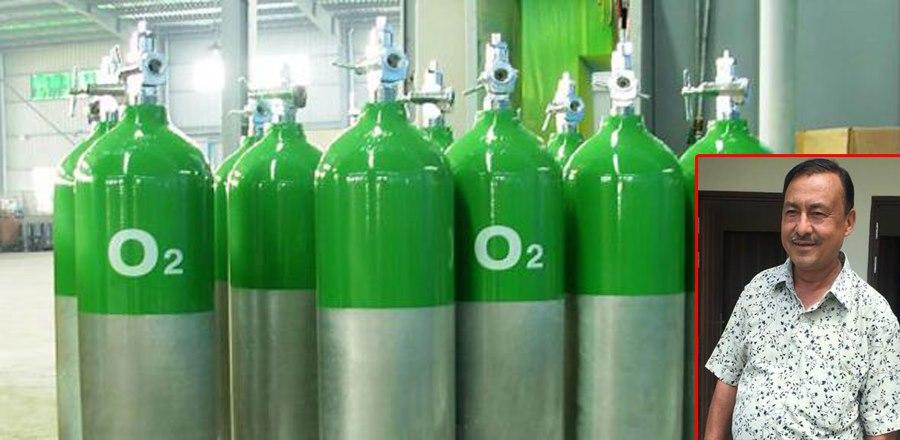 इटहरीका ब्यबसायी घिमिरेले चीनदेखि अक्सिजन ब्याग, मास्क र सिलिण्डर ल्याउँदै