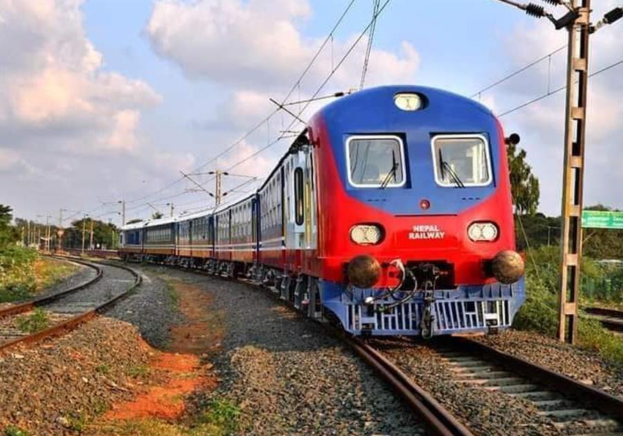 लकडाउन खुल्नेवित्तिकै रेल सञ्चालन गर्ने तयारी थाल्न निर्देशन